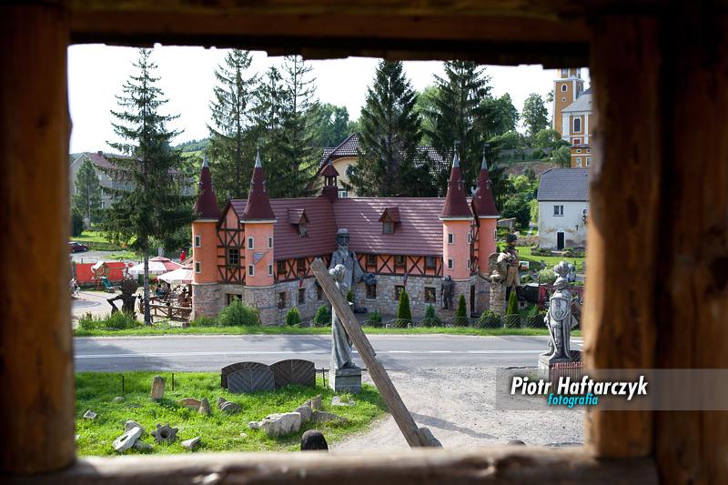 Pławna - Zamek Śląskich Legend - Widok na zamek